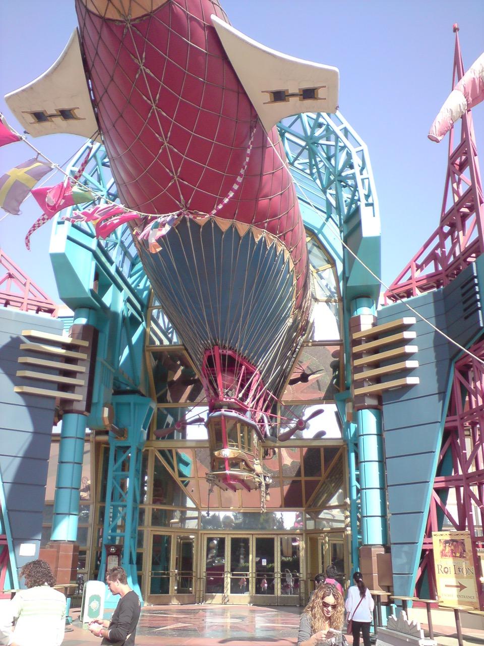 Disneyland Steampunk Hyperion