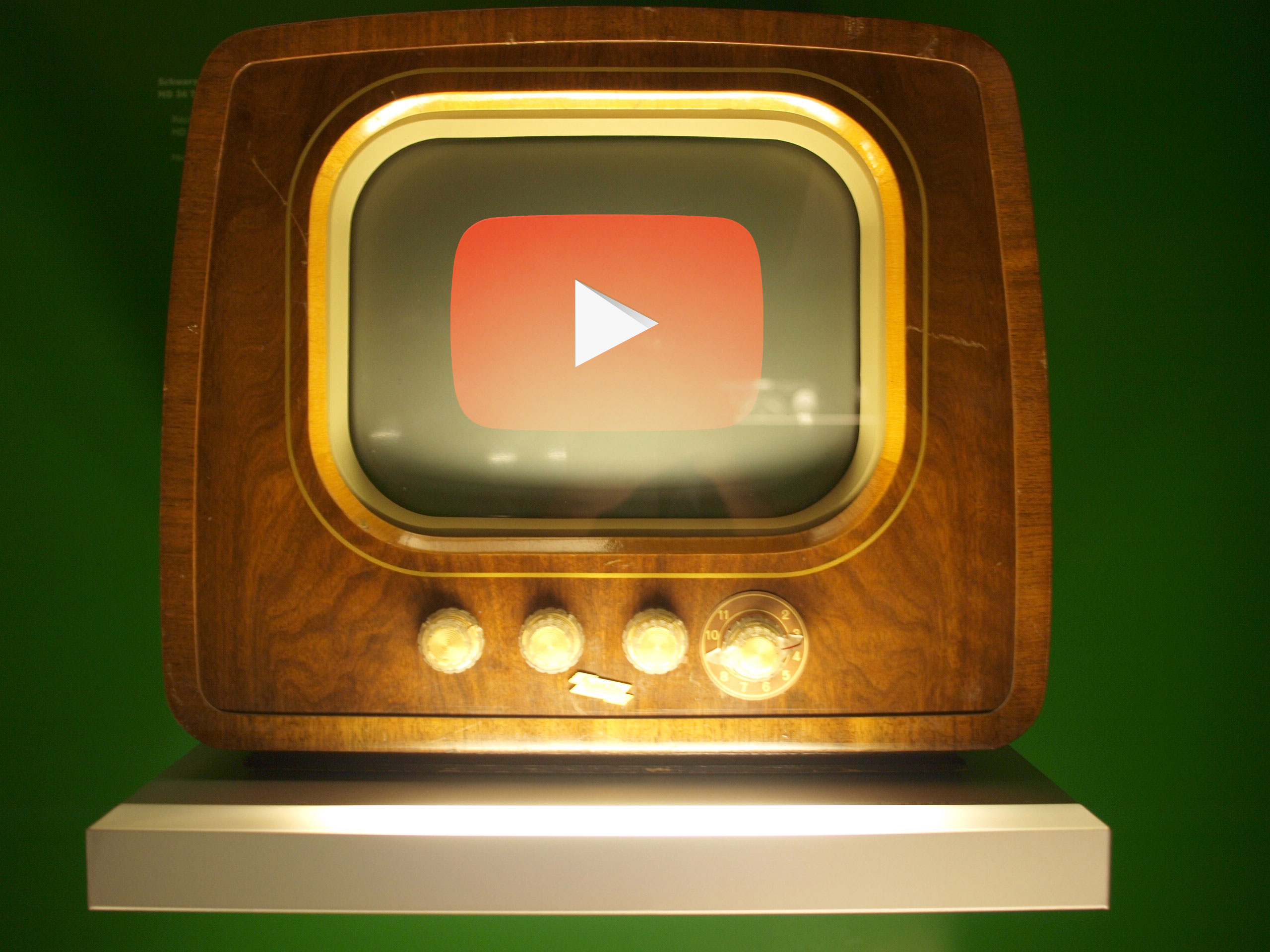 Old TV set - YouTube